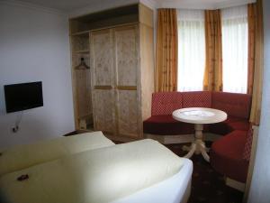 Hotel-Garni Weidacherhof, Hotels  Leutasch - big - 11