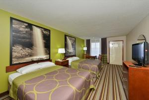 Queen Room with Two Queen Beds - Disability Access - Smoking