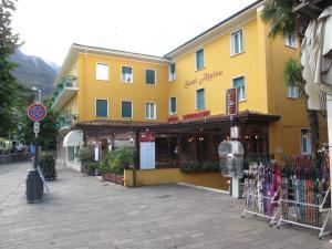 Hotel Alpino, Szállodák  Malcesine - big - 115