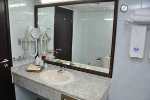 Claridge Hotel - Dubai, Szállodák  Dubaj - big - 51