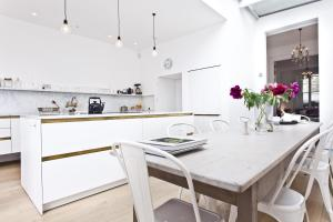 onefinestay - South Kensington private homes II, Apartmány  Londýn - big - 157