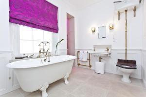 onefinestay - South Kensington private homes II, Apartmány  Londýn - big - 20