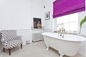 onefinestay - South Kensington private homes II, Apartmány  Londýn - big - 115