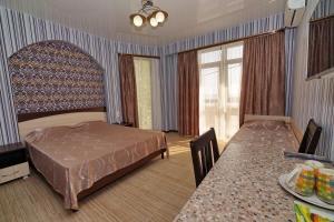 Ostrov'OK, Hotely  Lazarevskoye - big - 9