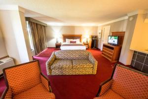 Ramada by Wyndham Houston Intercontinental Airport East, Hotel  Humble - big - 13
