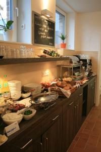 Apartmenthaus Unterwegs, Guest houses  Rostock - big - 15