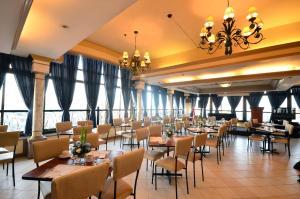 Fernandina 88 Suites Hotel, Отели  Манила - big - 17