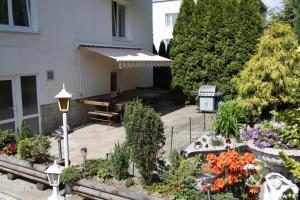 Villa Anastazis - Penzion Eden, Guest houses  Karlovy Vary - big - 122