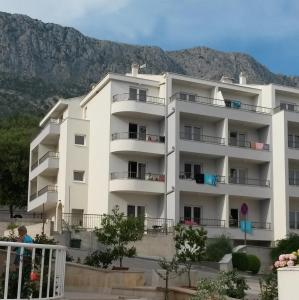 Apartments Bota