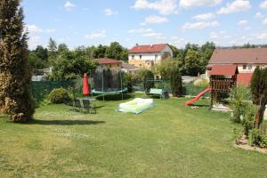 Villa Anastazis - Penzion Eden, Guest houses  Karlovy Vary - big - 144