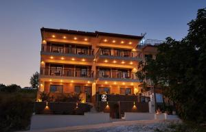 Athos Thea Luxury Rooms, Apartmány  Sarti - big - 14