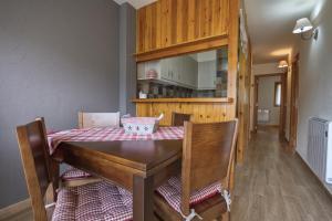 Apartamento La Ginesta 2, Apartmanok  Taull - big - 4
