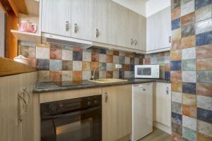 Apartamento La Ginesta 2, Apartmanok  Taull - big - 6