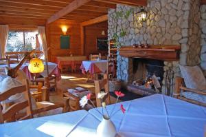 Hosteria Pichi Rincon, Penziony – hostince  Villa La Angostura - big - 27