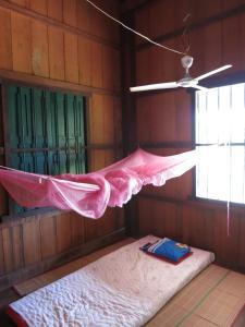 Isanborei homestay 10, Ubytování v soukromí  Kâmpóng Chheutéal - big - 2