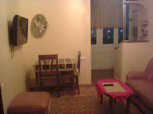 Apartment On Shota Rustaveli, Apartments  Batumi - big - 9