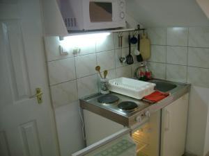 Álmos Apartman, Appartamenti  Siófok - big - 2