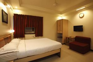 Hotel Suyash Deluxe, Отели  Пуне - big - 2