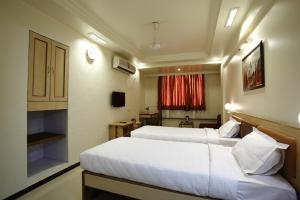 Hotel Suyash Deluxe, Отели  Пуне - big - 6