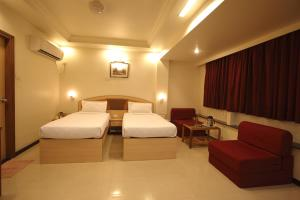 Hotel Suyash Deluxe, Отели  Пуне - big - 11