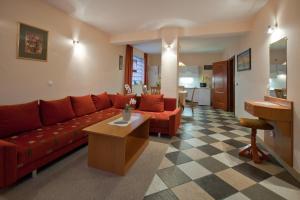 Tornácos Ház - Hegykő, Hotely  Hegykő - big - 15