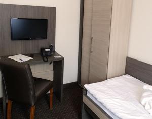 Wellness Hotel Vinnay, Отели  Vinné - big - 24