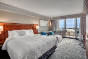 King Room with Balcony - Ocean Front