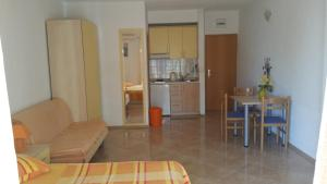 Apartments Viskovic, Apartmány  Tučepi - big - 4