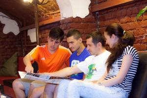 Puzzle Hostel, Hostels  Bucharest - big - 1