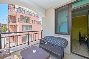 Evi Apartments 2, Apartmanok  Pomorie - big - 48