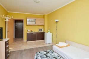 Evi Apartments 2, Apartmanok  Pomorie - big - 37