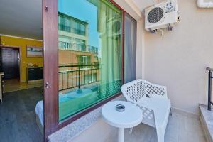 Evi Apartments 2, Apartmanok  Pomorie - big - 36