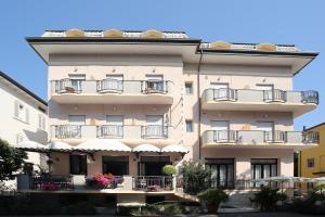 Hotel Piccinelli - AbcAlberghi.com