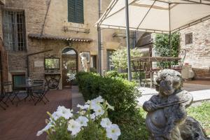 Piazza Paradiso Accommodation, Affittacamere  Siena - big - 89