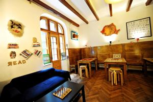 Umbrella Hostel, Hostels  Bucharest - big - 47