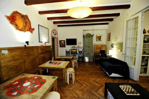 Umbrella Hostel, Hostels  Bucharest - big - 38