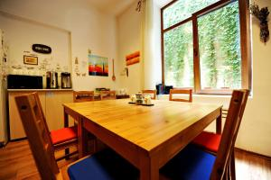 Umbrella Hostel, Hostels  Bucharest - big - 53