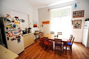 Umbrella Hostel, Hostels  Bucharest - big - 46