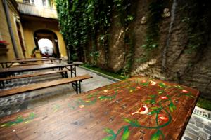 Umbrella Hostel, Hostels  Bucharest - big - 63