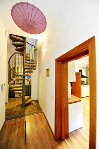 Umbrella Hostel, Hostels  Bucharest - big - 42