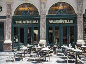 B&B Vaudeville, Bed and Breakfasts  Brusel - big - 21
