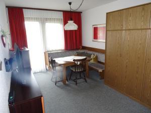 Casa Alpina Relax, Apartments  Saalbach Hinterglemm - big - 36