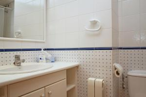 Friendly Rentals Burdeos, Apartmány  Sitges - big - 7