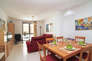 Friendly Rentals Burdeos, Apartmány  Sitges - big - 10
