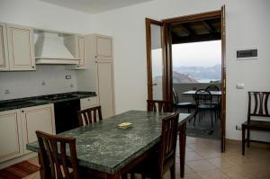 Eolian Residence - AbcAlberghi.com