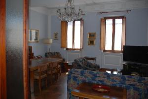 Residenza Savonarola Luxury Apartment, Apartments  Montepulciano - big - 16