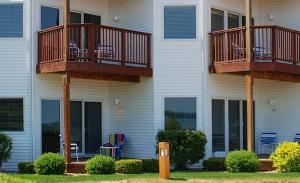 The Beach Condominium Hotel Resort, Aparthotels  Traverse City - big - 2