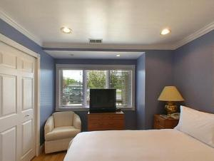 The Beach Condominium Hotel Resort, Aparthotels  Traverse City - big - 10