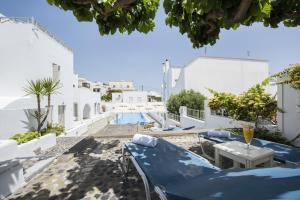 Nissos Thira, Hotely  Fira - big - 50