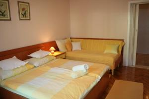 Rooms & Apartments Villa Anka, Апартаменты  Тучепи - big - 25